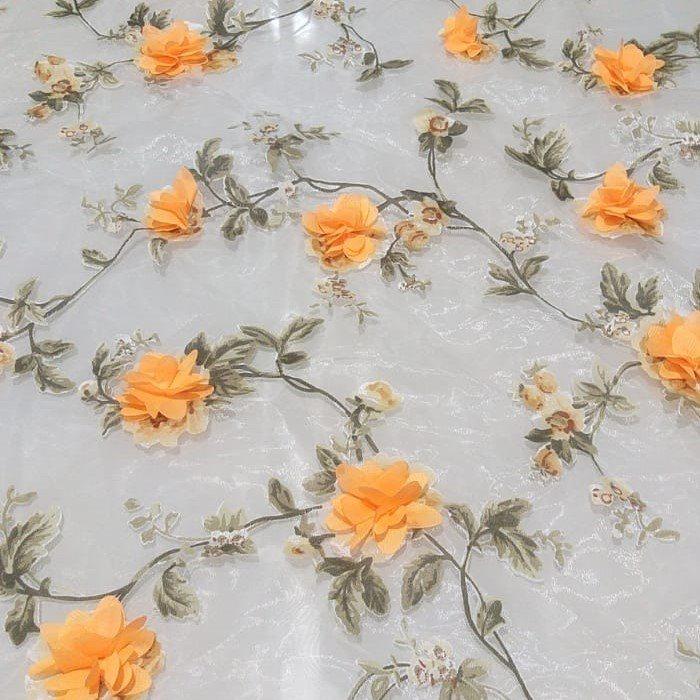 Tecido Organza Estampada com Flores Em Musseline 3D Laranja Fundo Off White