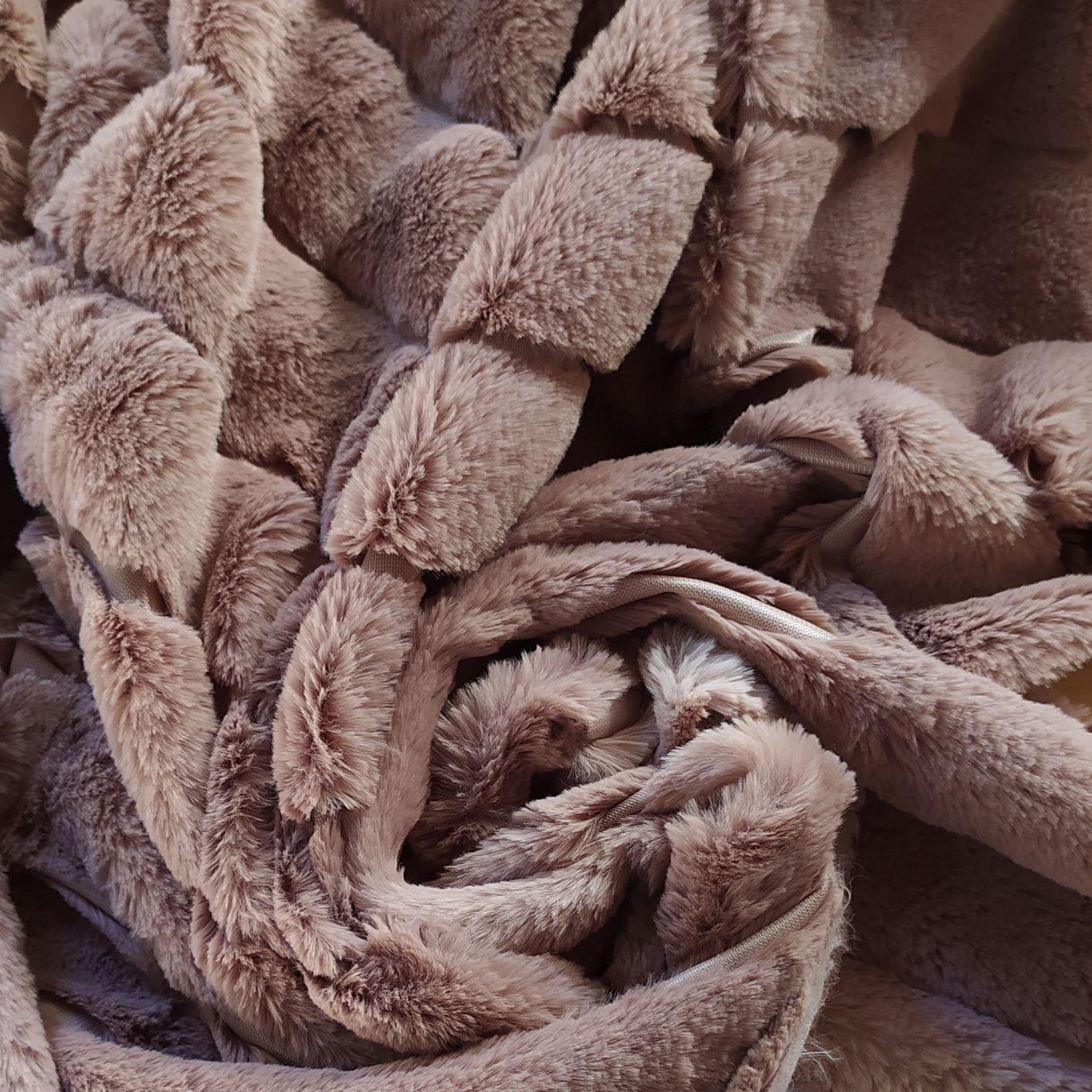 Tecido Pele Ecológica Matelassê Cappucino