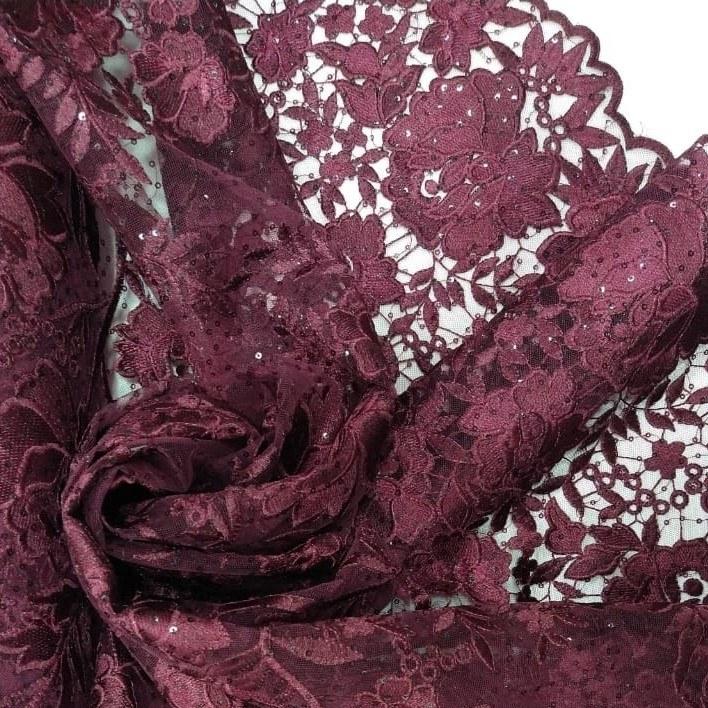Tecido Tule Bordado Floral Marsala