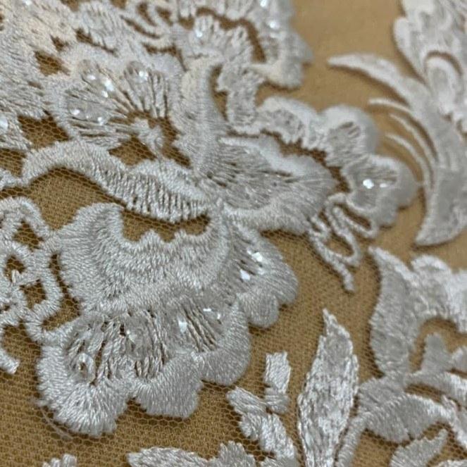 Tecido Renda Bordada Floral Com Paetês Off White