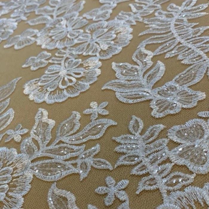 Tecido Renda Floral Bordada Com Paetê Off White