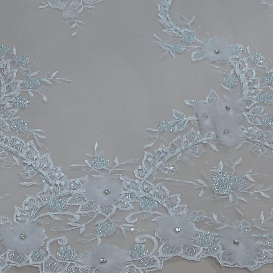 Tecido tule bordado 3D Branco Com cristais e miçangas