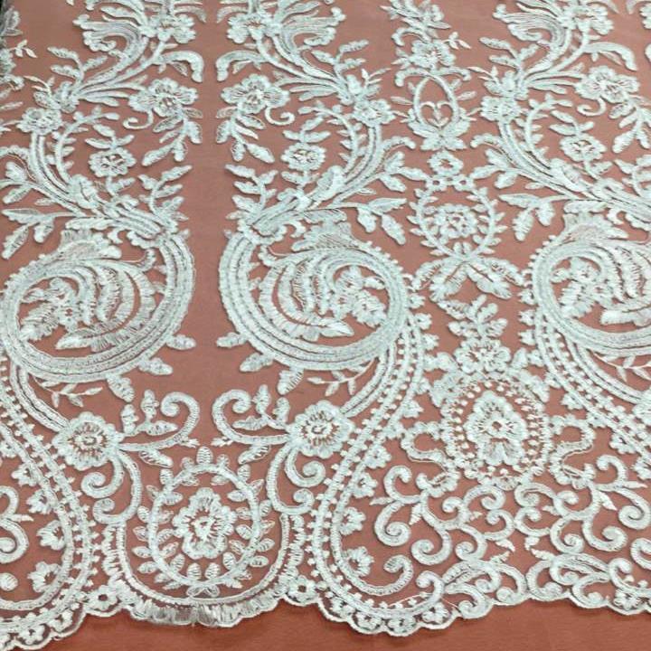 Tecido Tule Bordado Arabesco  Branco