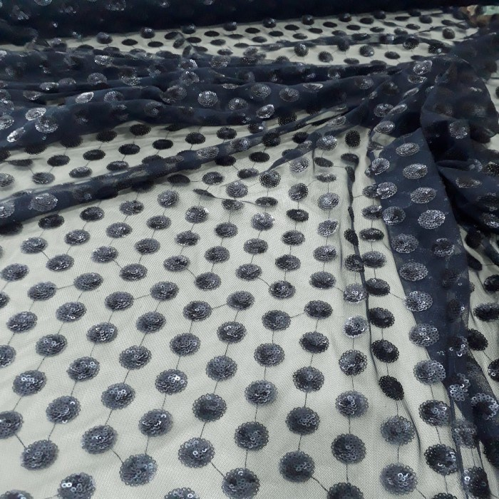 Tecido tule bordado azul marinho escuro