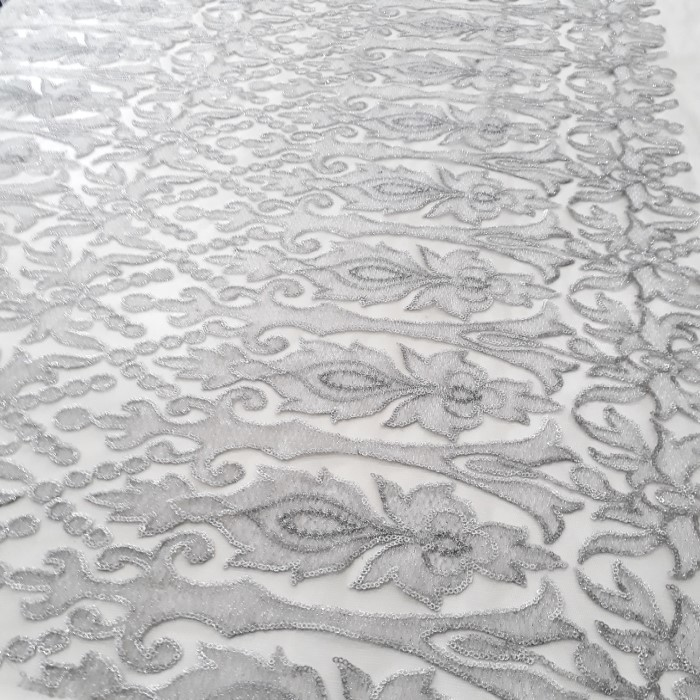 Tecido Tule bordado com paetê em arabesco