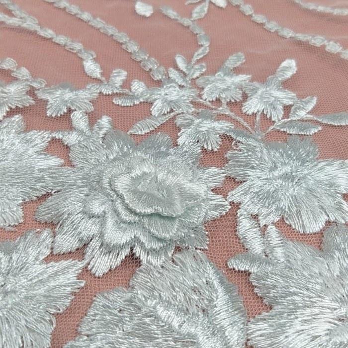 Tecido Tule Bordado Floral 3D Off White