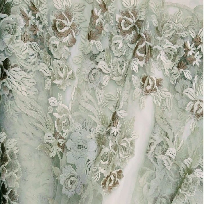 Tecido Tule Bordado Folhagens Floral