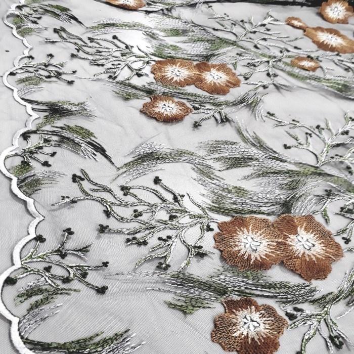 Tecido Tule bordado ilusion floral fundo preto