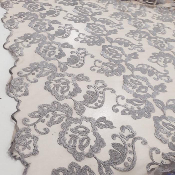 Tecido Tule ilusion  bordado prata