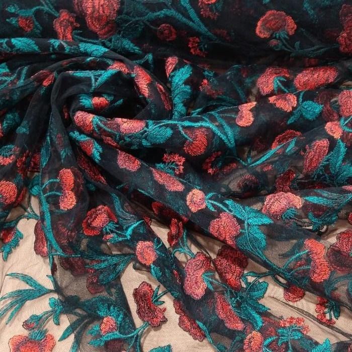 Tecido Tule Preto Bordado Floral Com Rosas No Vermelho Coral