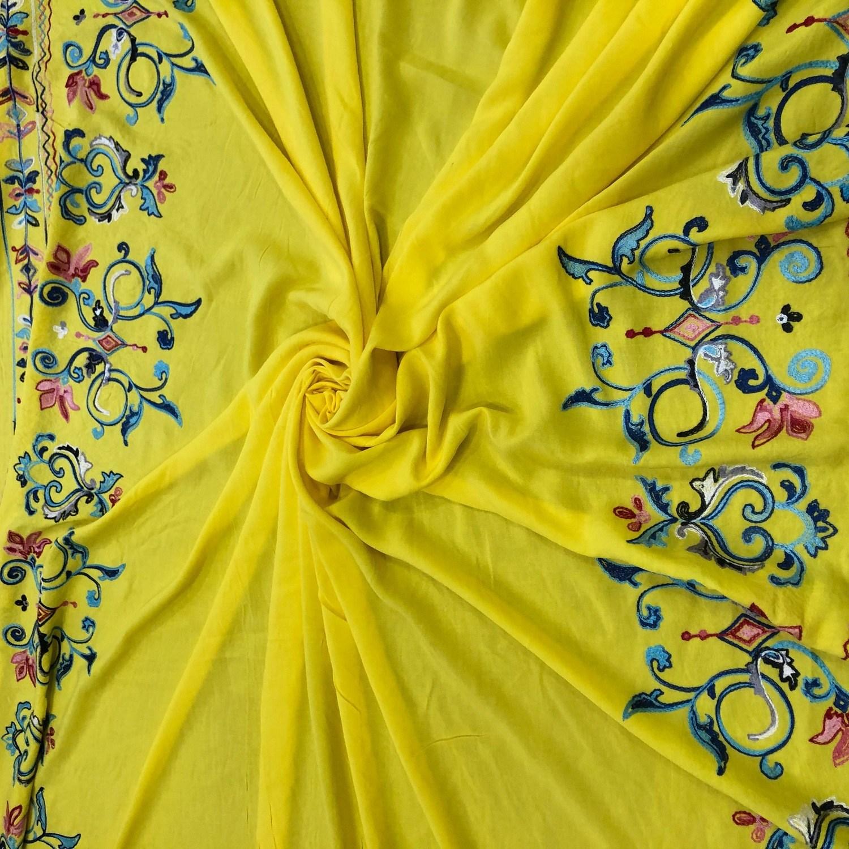 Tecido Viscose com Barrado Bordado Yellow