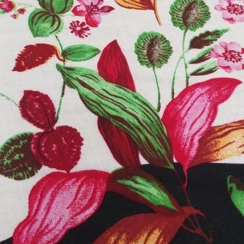Tecido Viscose Estampada Floral Com Borboletas Fundo Off White
