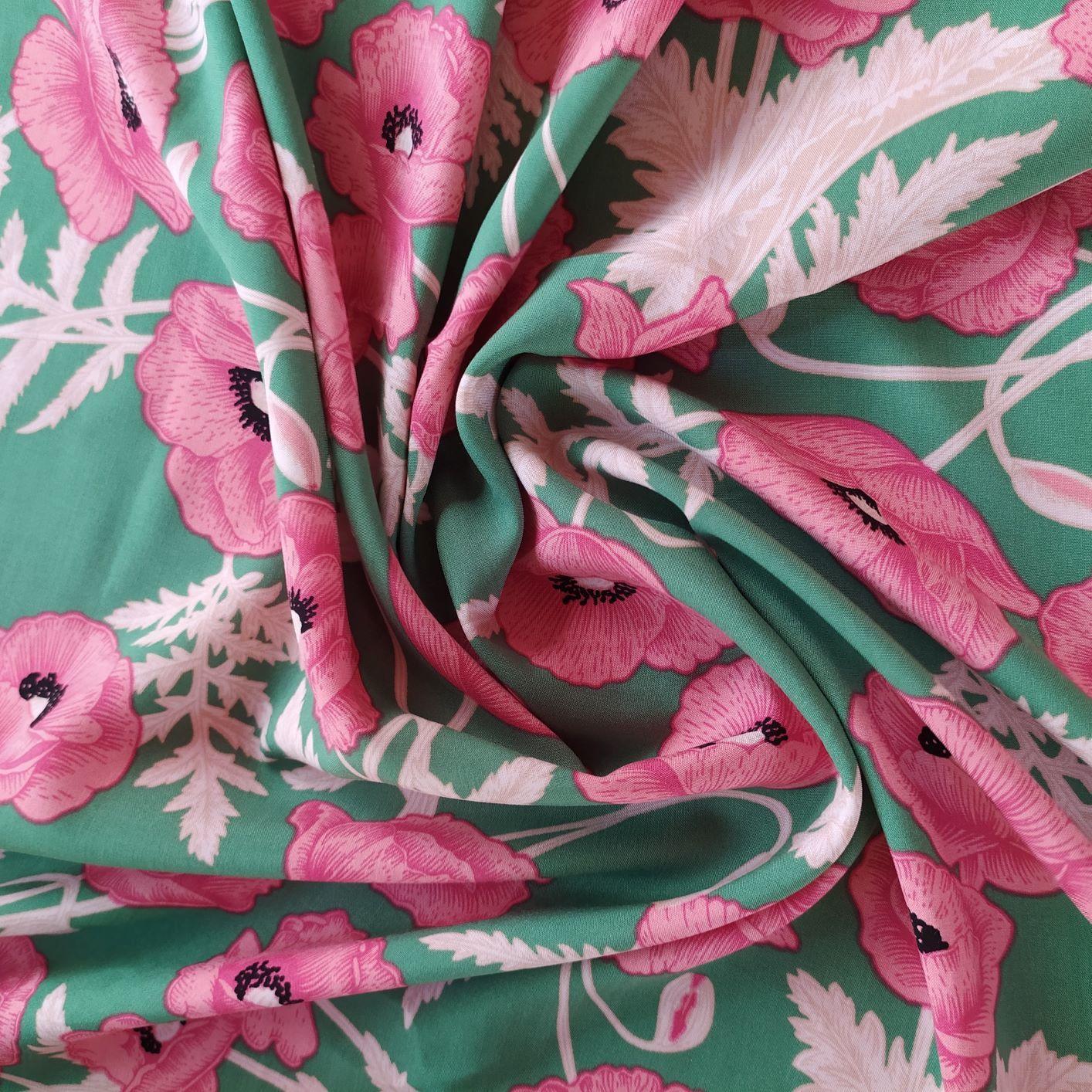Tecido Viscose Estampado Floral Verde
