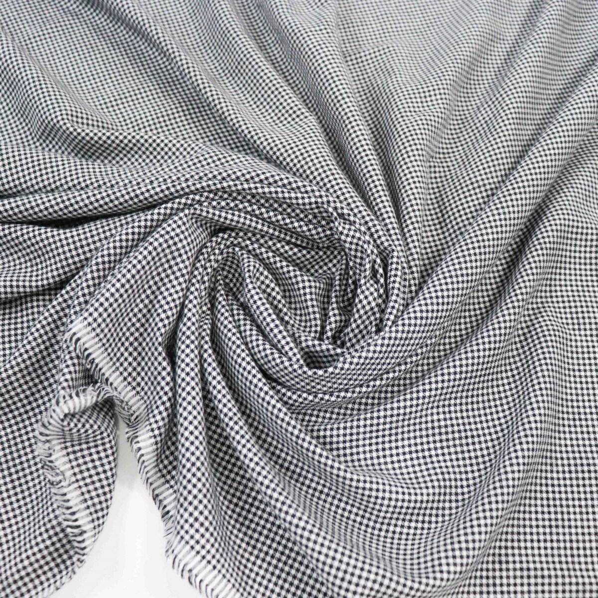 Tecido Viscose Micro Xadrez Branco e Preto