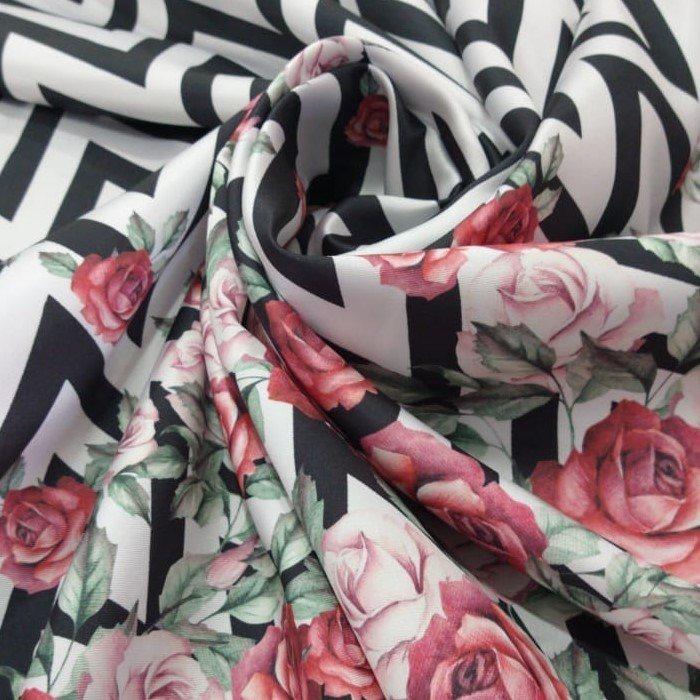 Tecido Zibeline Estampada Listas Geométricas Com Barrado Floral Em Rosas