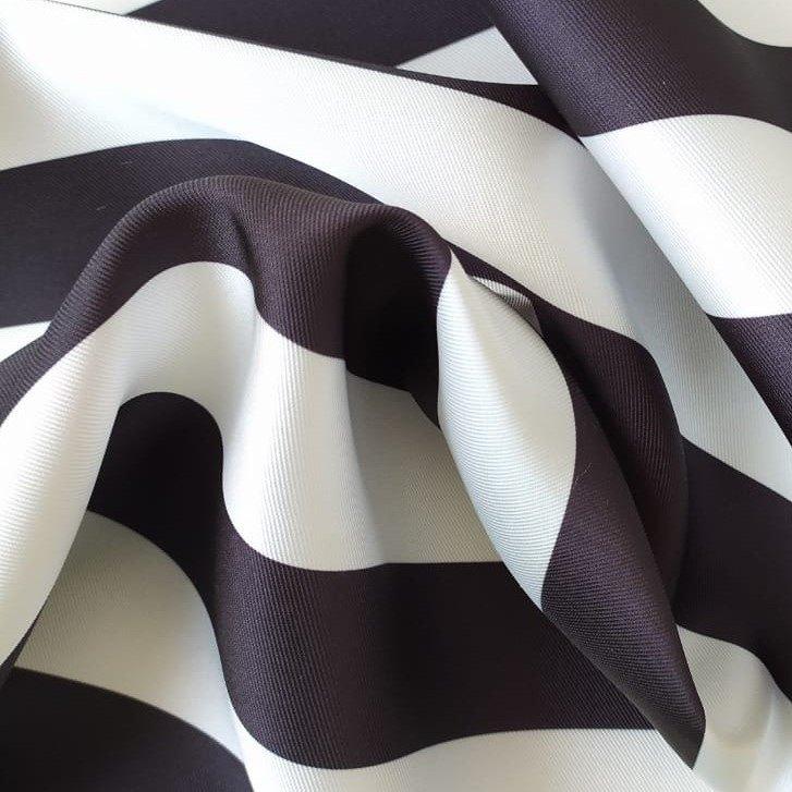 Tecido Zibeline Estampado Listras Preto e Branco
