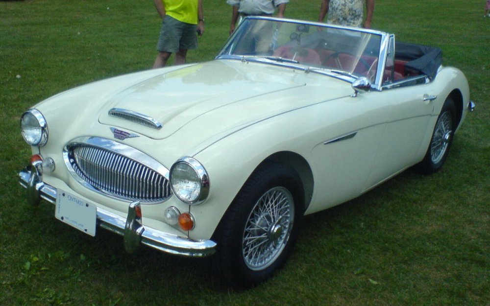Austin-Healey_3000_at_2010_Ottawa_British_Auto_Show.jpg