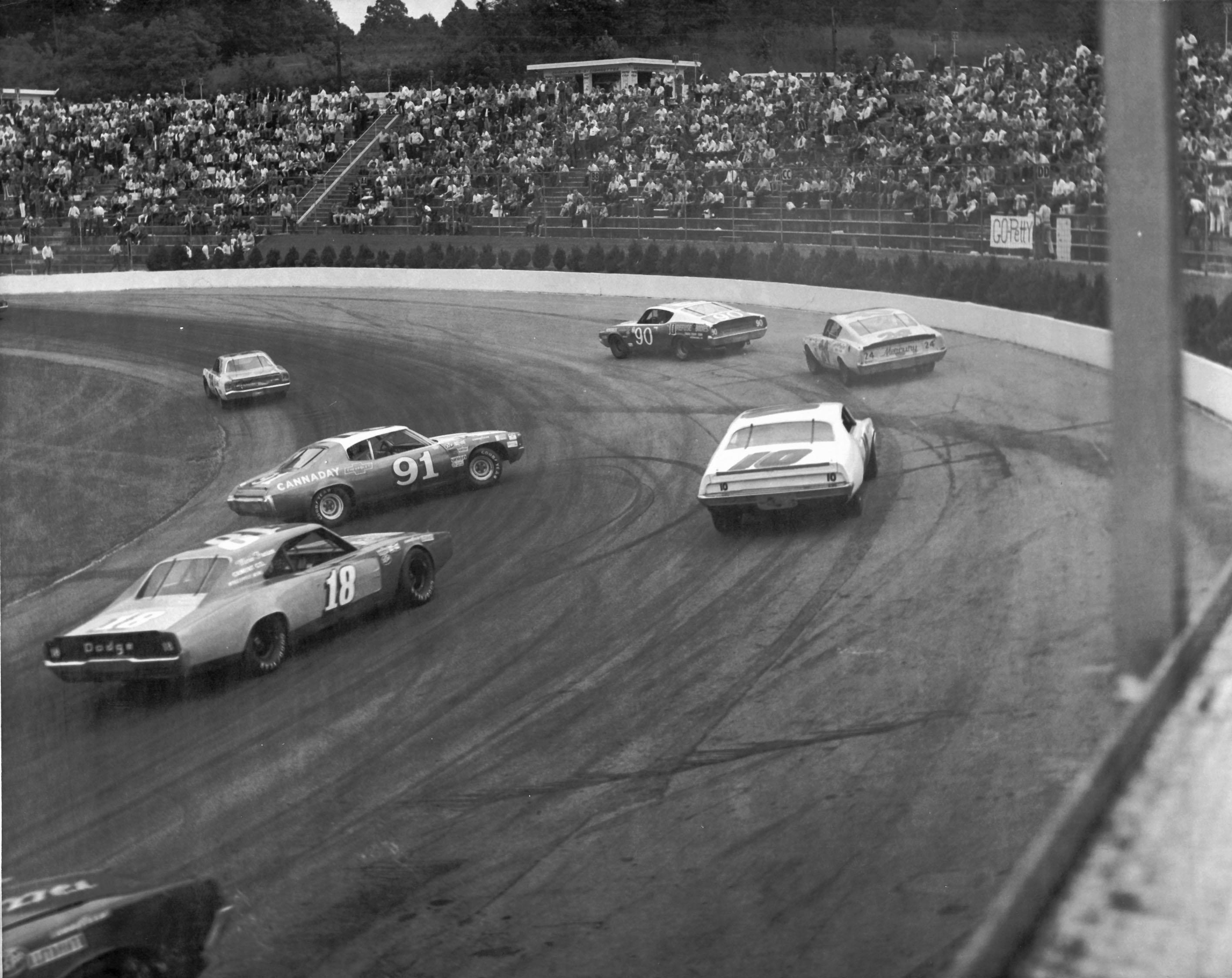 10 Surreal 1971 NASCAR Storylines