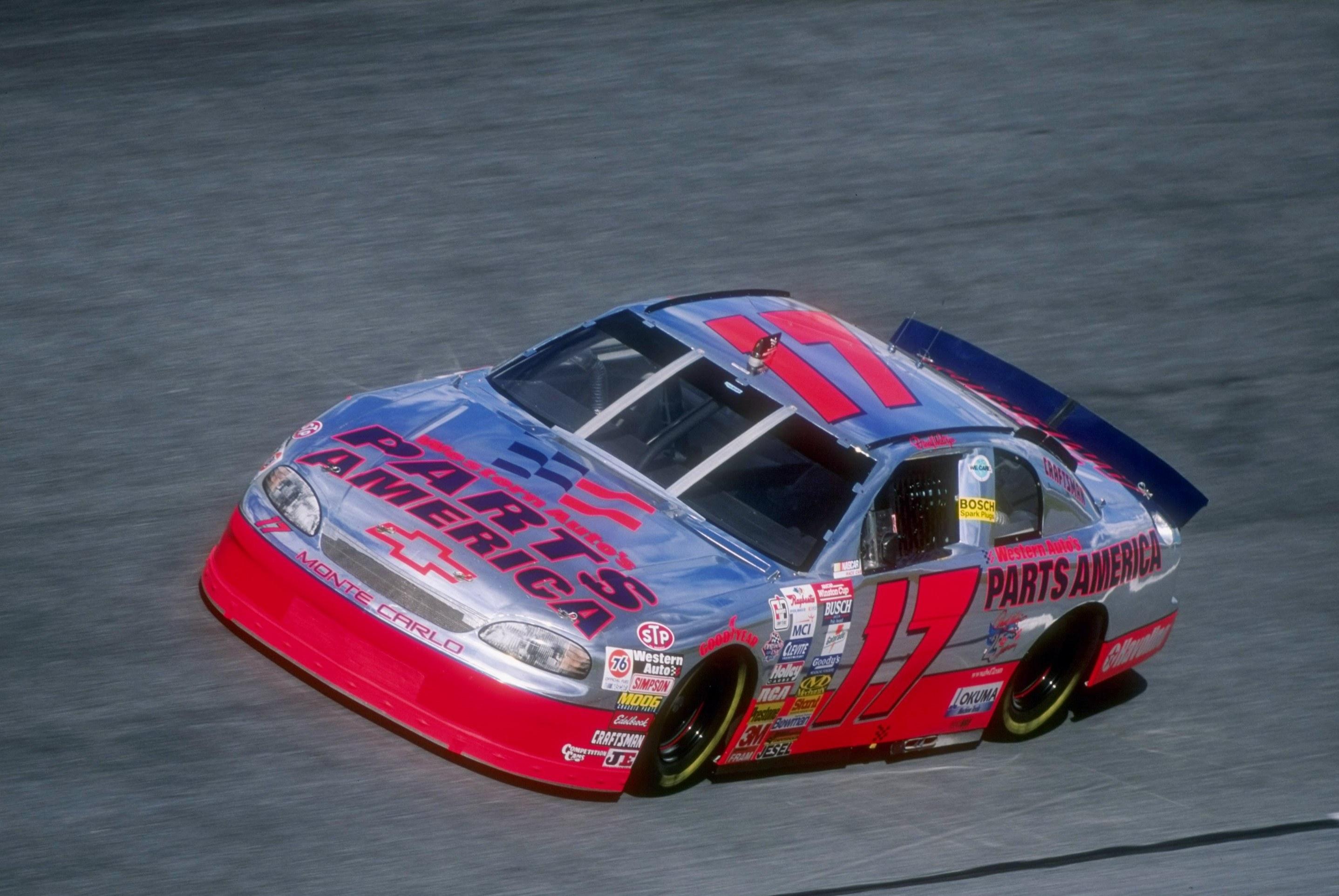 NASCAR, Darlington Throw It Back