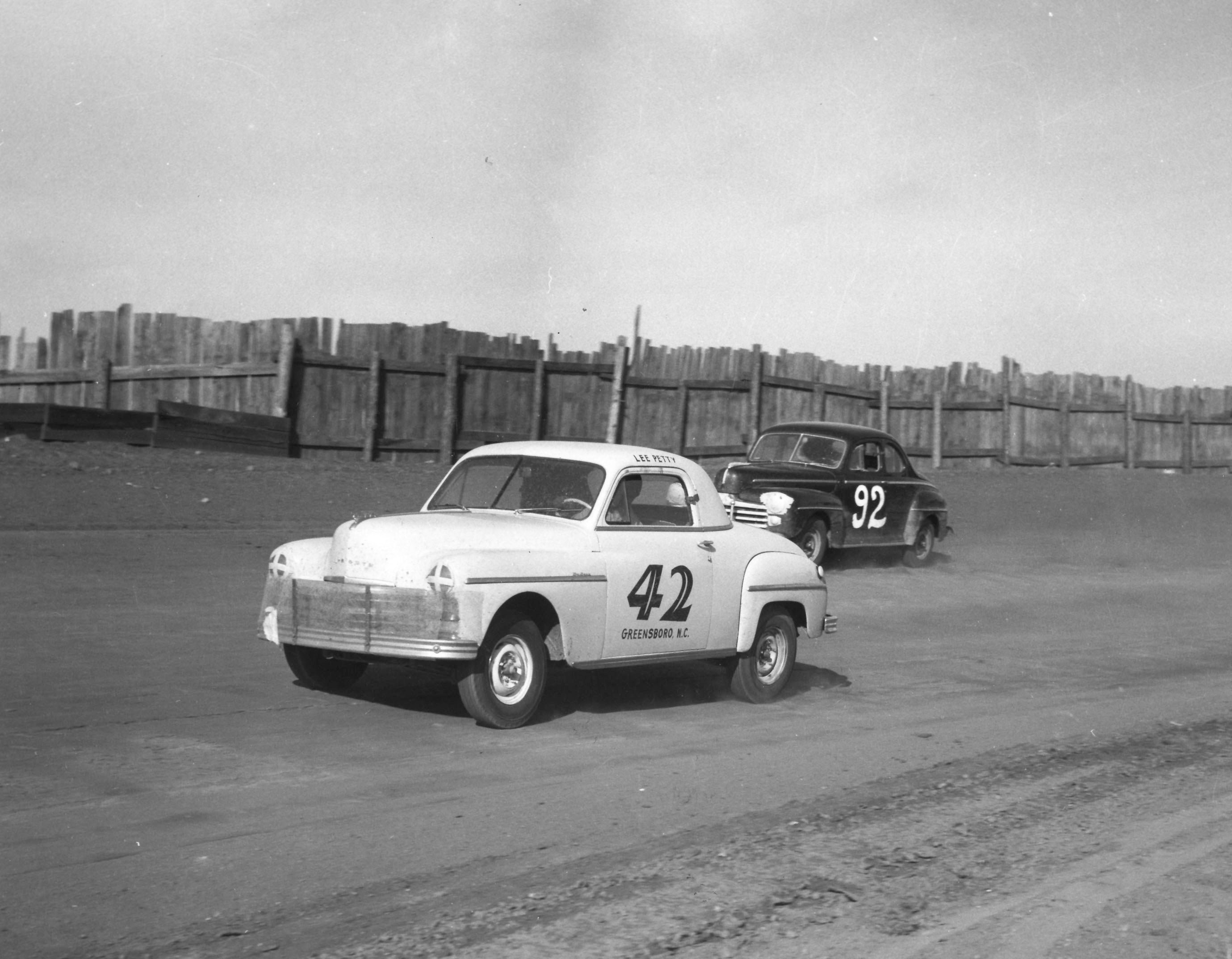 Early NASCAR Stars were Masters of the Dirt