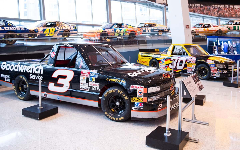 HAULIN': 25 Years of NASCAR Trucks
