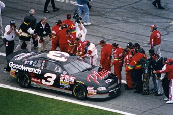 Getty Images 102848111 Dale Earnhardt