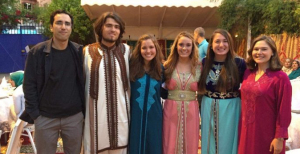 NSLI-Y alumna with her friends dressed in Moroccan attire.