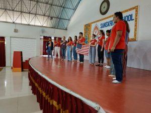 NSLI-Y Students Perform the National Anthem