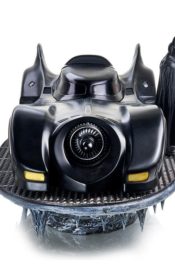 Estátua Batman & Batmobile Deluxe - Batman 89 - Art Scale 1/10 - Iron Studios