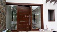 maestro carpintero instalacion de puertas madera