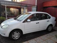 se vende Ford Fiesta año 2005
