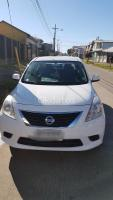 Vendo Vehiculo Nissan Versa 2014