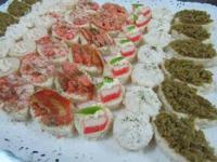 minichurrascos minihamburguezas pastelitos fiesta