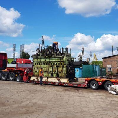 SKL 6VDS 48/42 Complete Engine and Spare
