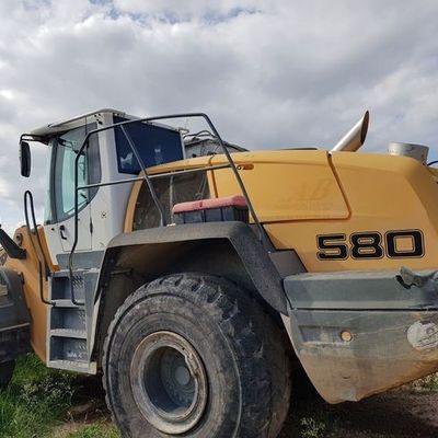 LIEBHERR L580 Wheel loader