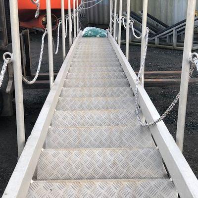10m Tyne gangway