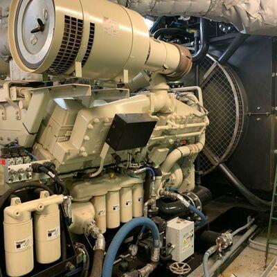 Cummins KTA38 Marine Generator