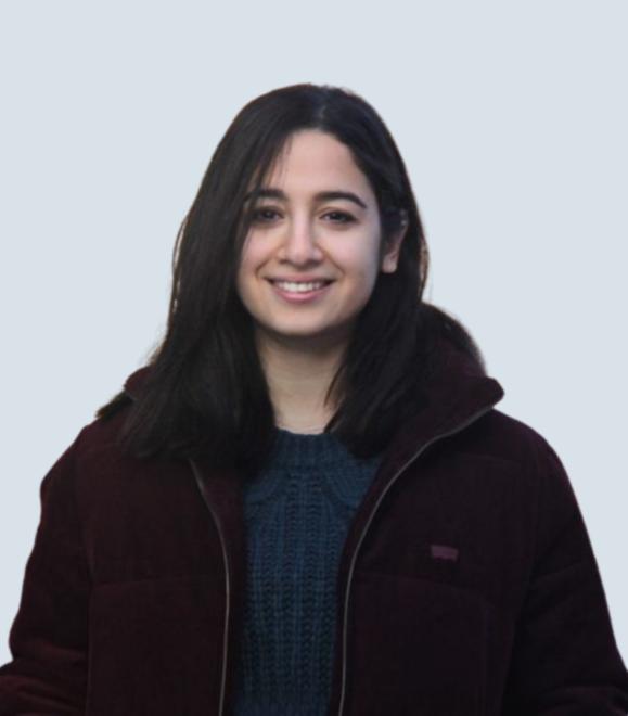 Zahra Dousti headshot