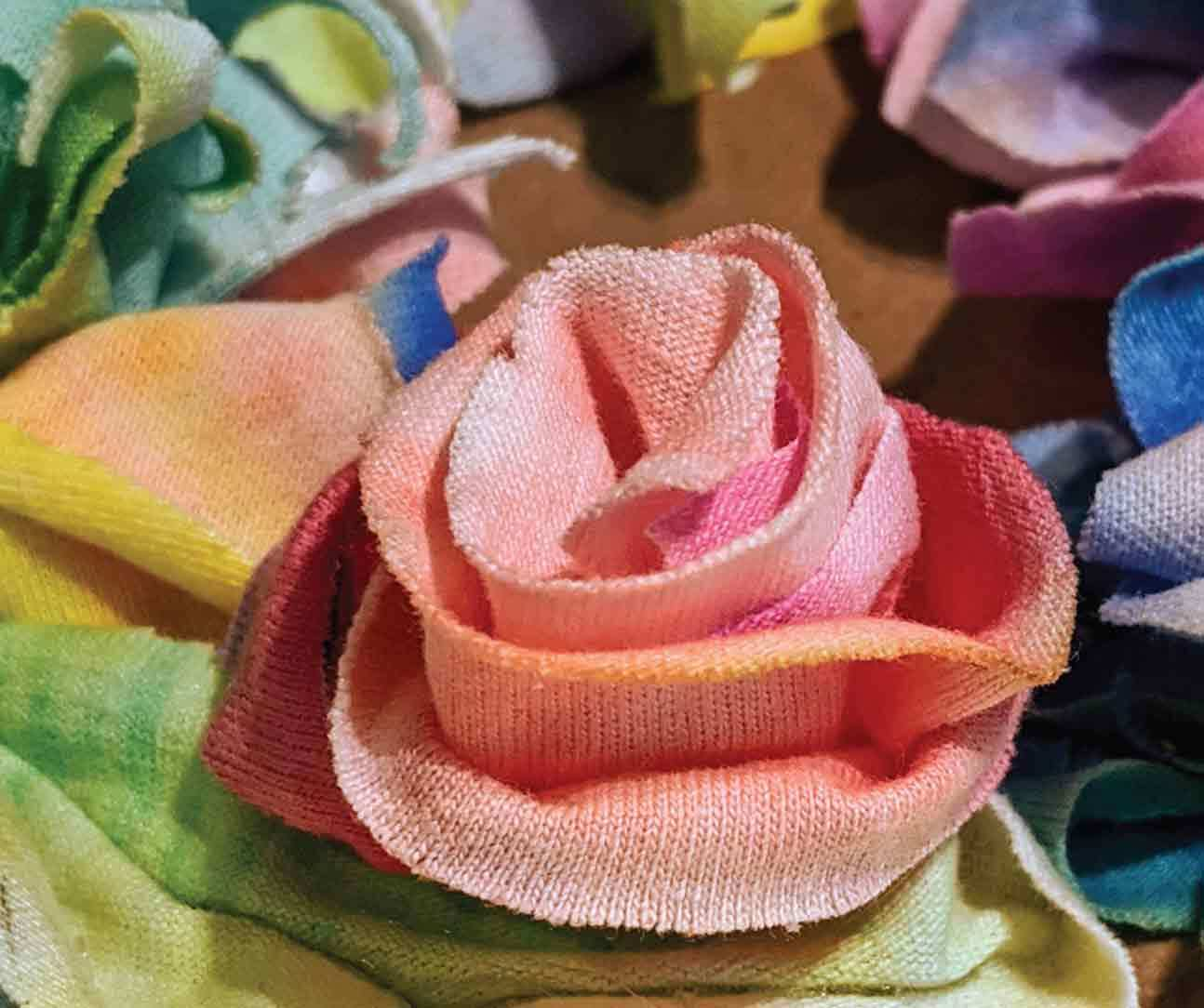 Dyed fabric flowers
