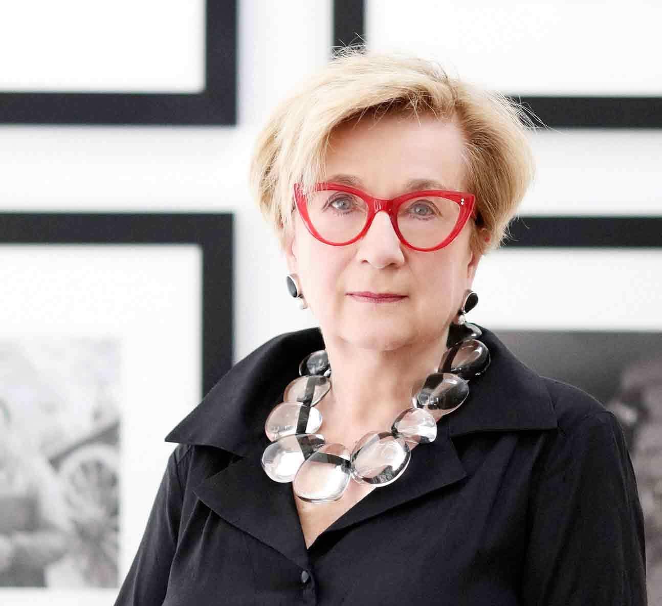 Lynda Roscoe Hartigan