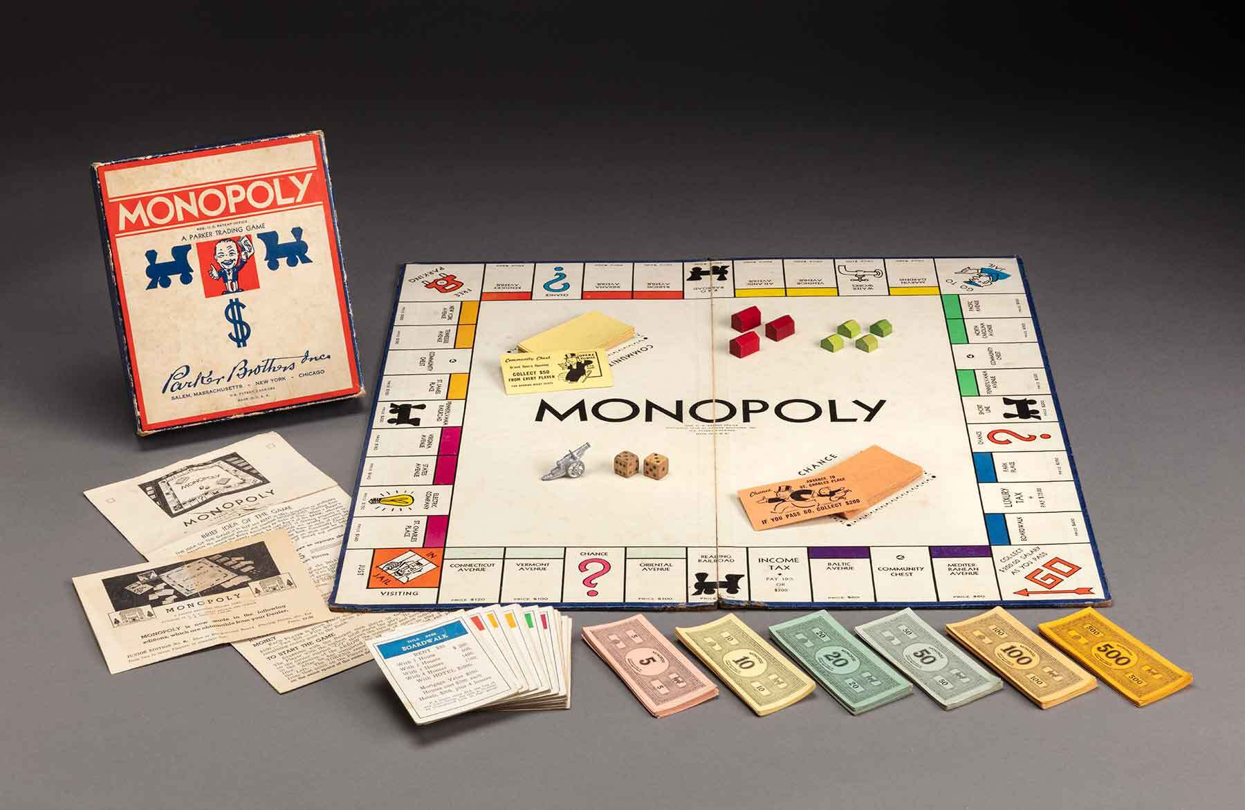 Parker Brothers. Monopoly, about 1940. Paper, paperboard, and wood. Gift of the North Shore Children's Hospital Thrift Shop. ©2020 Peabody Essex Museum, Photograph by Kathy Tarantola.