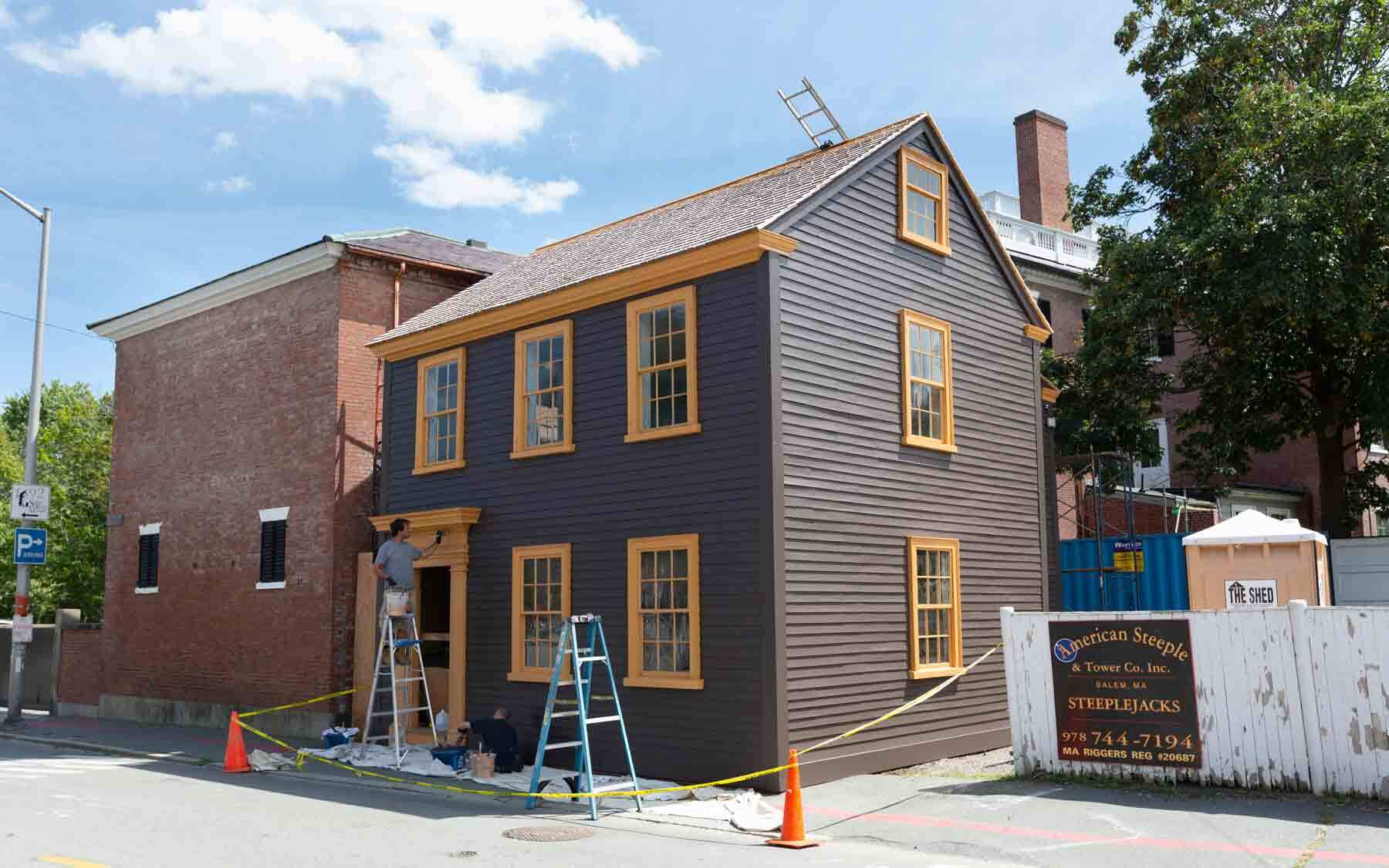 Daniel Bray House being painted