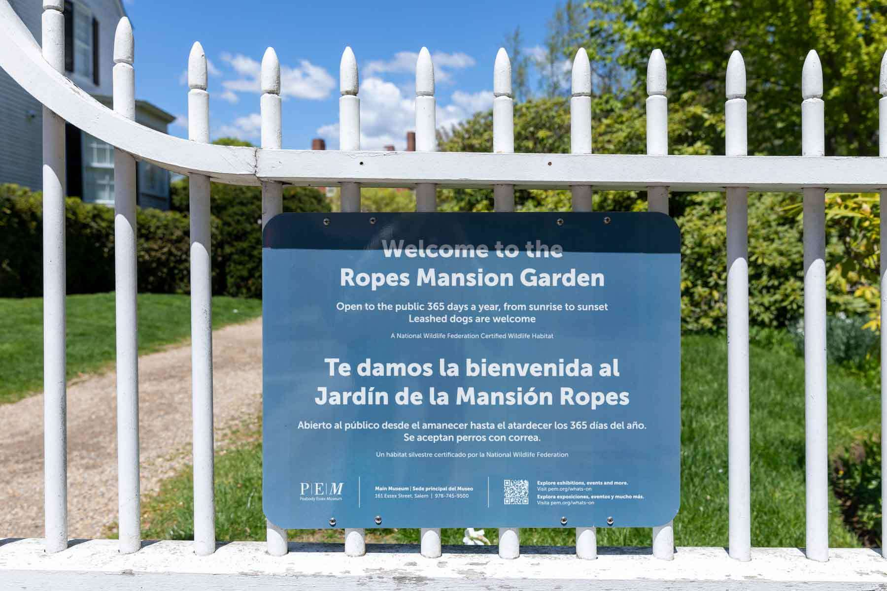 Welcome to Ropes garden blue sign