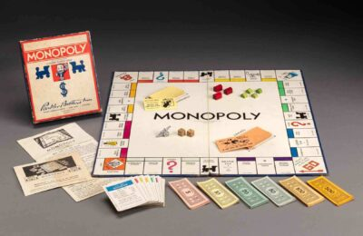 Parker Brothers, Inc., Monopoly, about 1940, Paper, paperboard and wood. Gift of the North Shore Children's Hospital Thrift Shop, 1984. 136184. Photo by Kathy Tarantola/PEM.