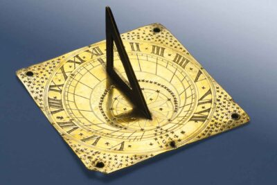 Artist in London, Sundial, 1644. Brass Gift of Abel H. Proctor, 1907. 100771. © Peabody Essex Museum. Photo by Jeffrey R. Dykes.