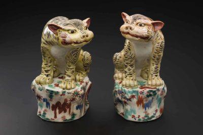 Pair of tigers, 1670–1700. Porcelain.