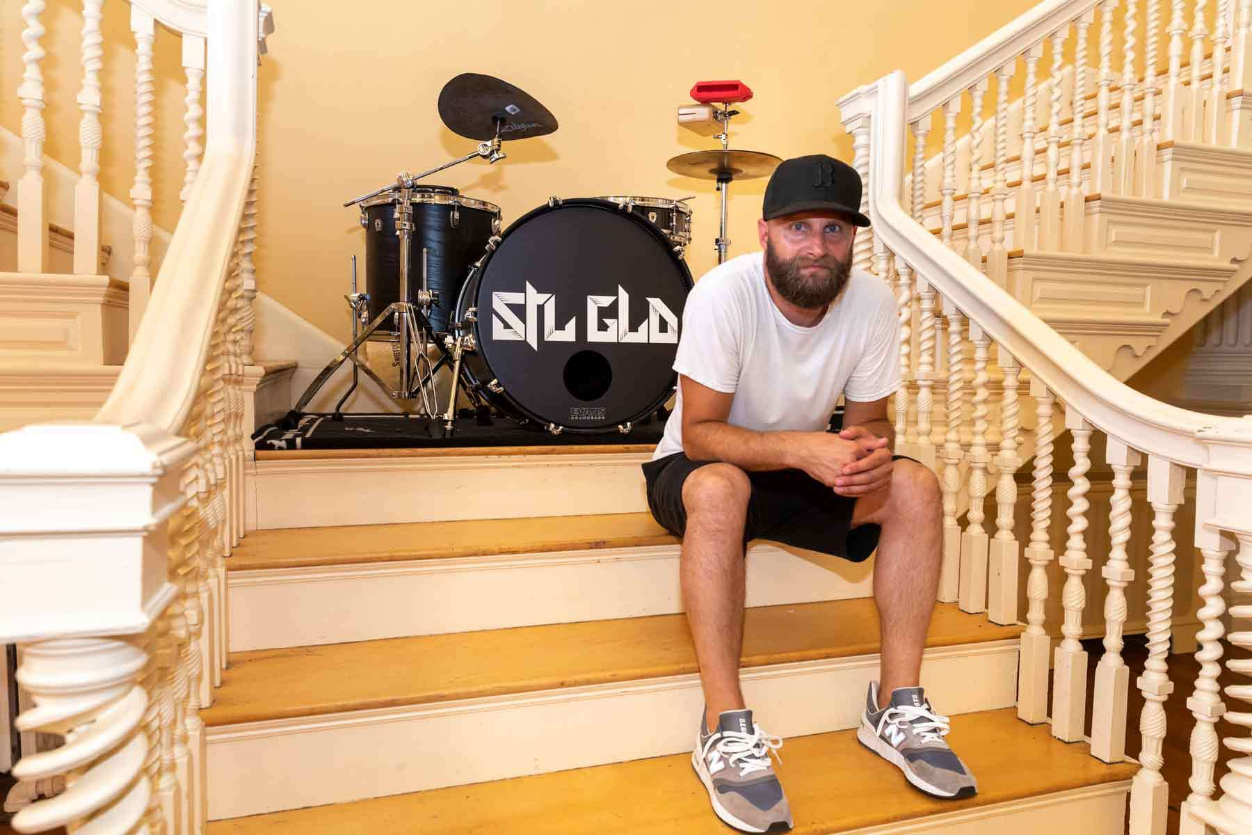 A member of Hip hop group STL GLD recently spent three days writing and recording a new song in Plummer Hall.