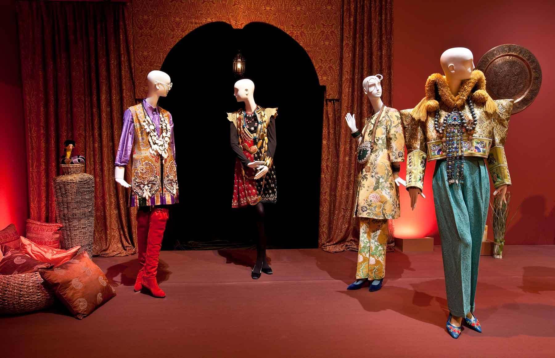 Rare Bird of Fashion - The Irreverent Iris Apfel Exhibition