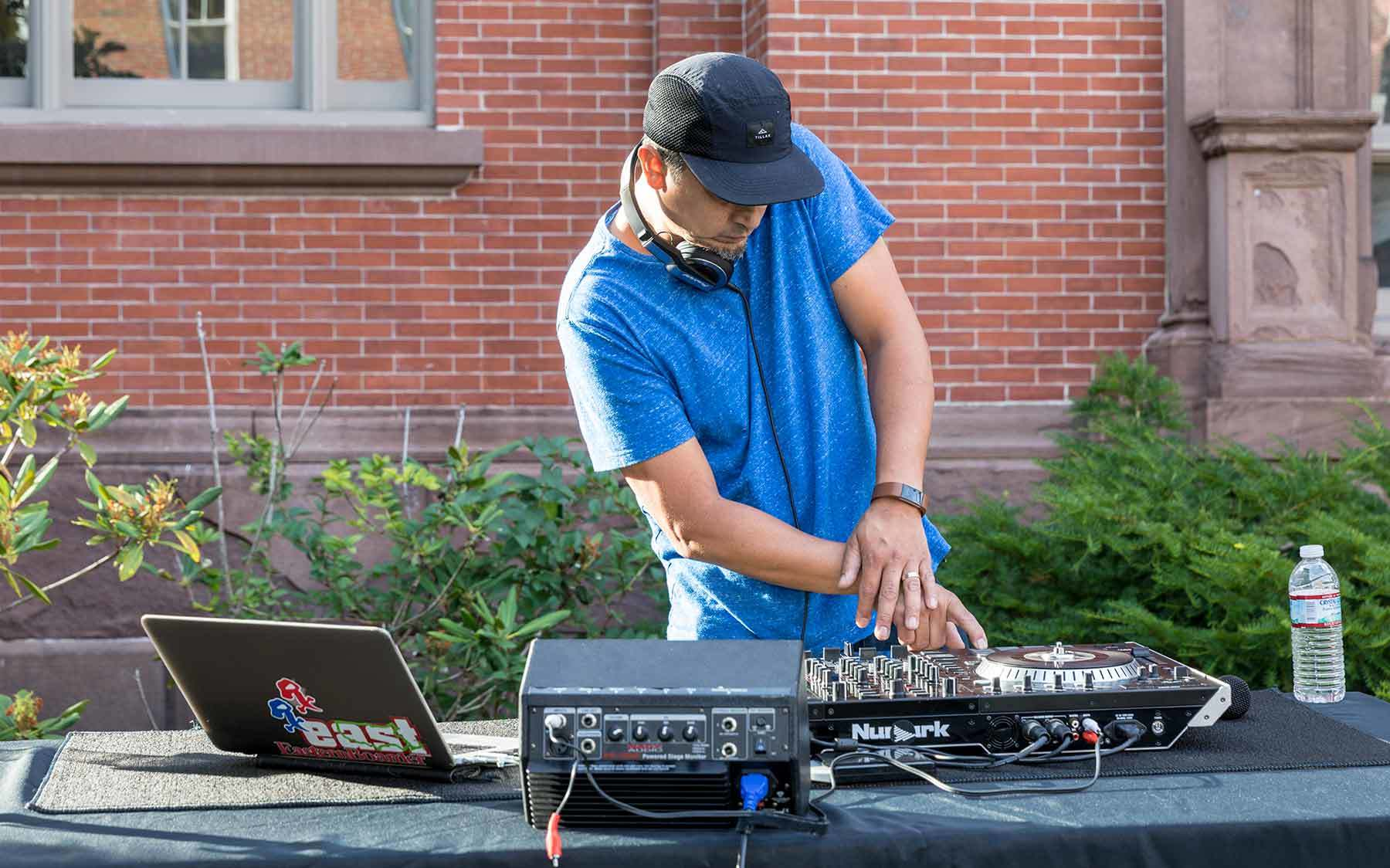 dj summer block party