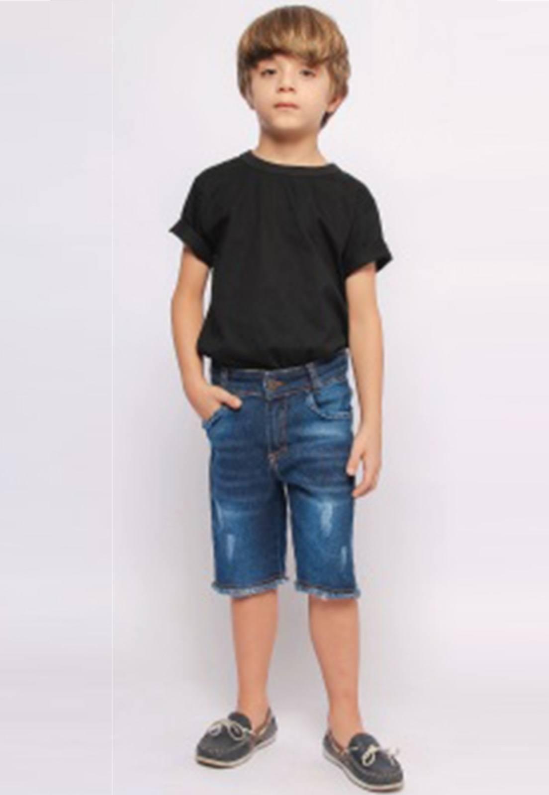 Bermuda Jeans com Puídos e Barra Desfiada Ref. 227